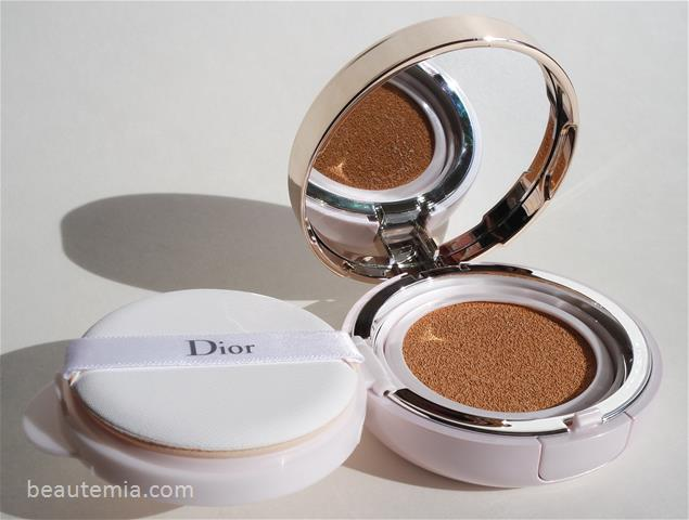 Dior Capture Totale Dream Skin Perfect Skin Cushion SPF 50 & CC cushion