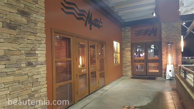 Matts' Rotisserie & Oyster Lounge, Matts' in Redmond, best reastaurant in Redmond, Redmond Town Center & best seafood restaurant