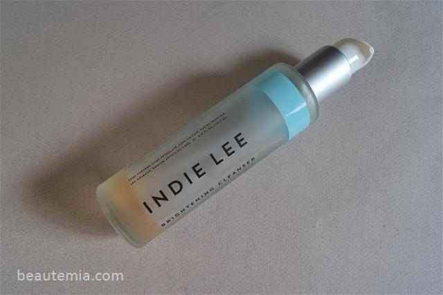 Indie Lee skincare, Indie Lee Brightening cleanser, Indie Lee cleanser, gentle cleanser, best organic natural skincare, best organic natural cleanser, safe cleanser to use during pregnancy, pregnancy skincare, best cleanser for sensitive skin, best cleanser for eczema, May Lindstrom honey mud, May Lindstrom skincare, Kat Burki skincare, Goldfaden MD cleanser & Goldfaden MD skincare