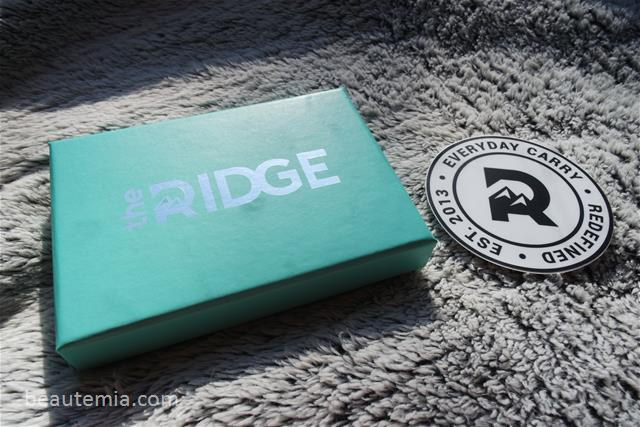 Ridge Wallet, best card wallet, card wallet for men, father's day gift ideas, christmas gift ideas for men, birthday gift ideas for men, gift ideas for nerds & stocking fillers