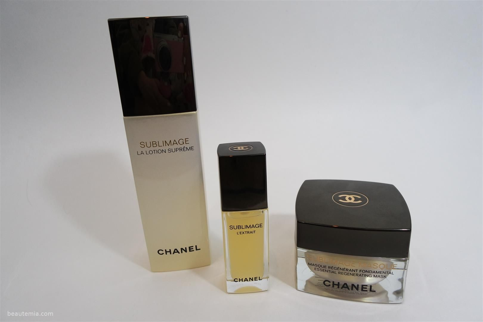 Chanel sublimage la lotion supreme, Chanel La Solution 10 de Chanel, Chanel Sublimage L'Essence Fondamentale, Chanel Sublimage L'Extrait de Crème, chanel LES BEIGES Sheer Healthy Glow Moisturizing Tint SPF 30, chanel LES BEIGES Sheer Healthy Glow Moisturizing Tint SPF 30 swatches, LES BEIGES Sheer Healthy Glow Moisturizing Tint SPF 30 shade light, chanel sunscreen & chanel sublimage skincare